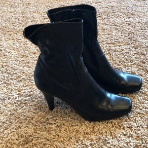 Style and Co. black boots